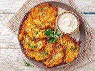 Вкусни солени палачинки от варени картофи, яйца, брашно и мляко